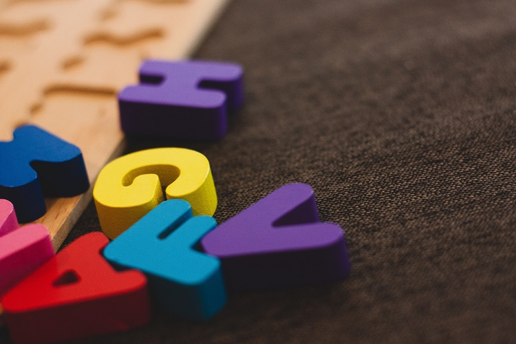 How to Teach Children the Alphabet? We Asked One of the Top Experts Dr. Jan Wasowicz